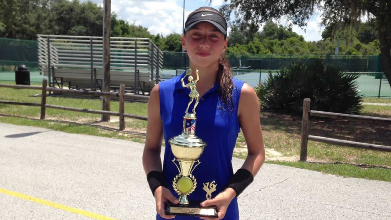 Nikki Yanez Champion Girls 18'S Orlando