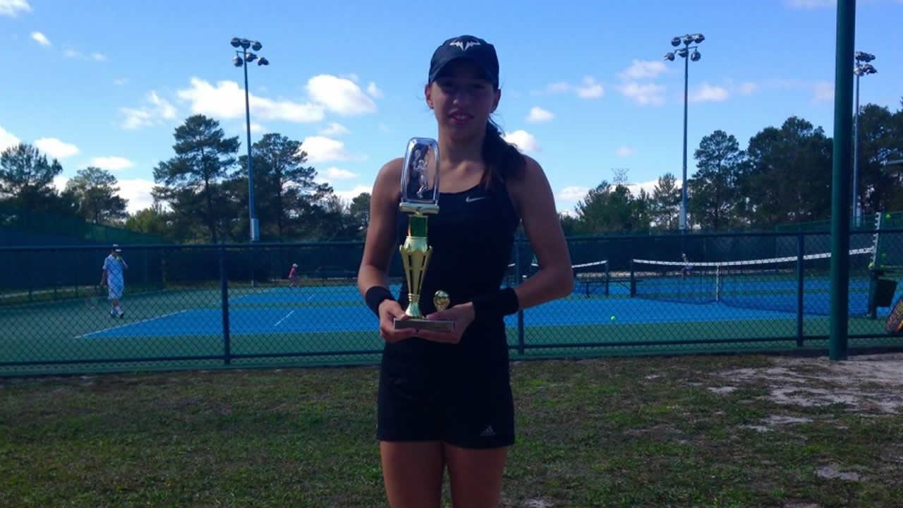 Nikki Yanez Lake Cane Girls 18's Champion